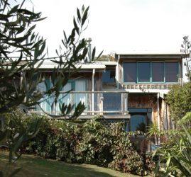Bay Road Waiheke Eco House