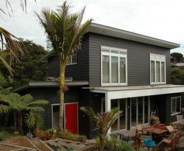 Victoria Road South Waiheke Island